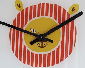 ガラス製 キュート 掛け時計 居間や子供部屋に (IF-CL971)