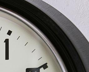 直輸入特価・英国ロジャーラッセル製掛け時計RETRO (RLC-RETRO-)