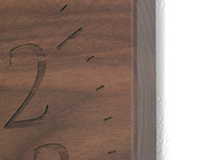 無垢材の掛け時計 「MUKU」 (YK14-101)