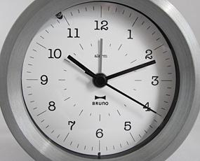 置き時計 目覚し時計 アナログ スイープムーブメント アラーム付 メタル 目覚し時計クロック (ID-BCA006)