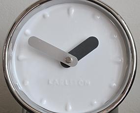 KARLSSON(カールソン)置き時計、オランダデザイン「ペリスコープ」