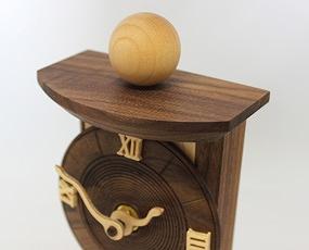 置き時計 天然木 かわいい 木製 ハンドメイド 日本製 掛置兼用 「針の曲がった時計」 (CF-MAGARI)