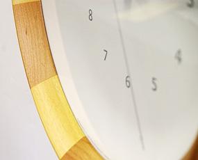 木製掛け時計 (木目ストライプ)LC08−28
